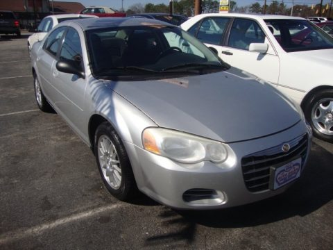 Bright Silver Metallic 2004 Chrysler Sebring LX Sedan
