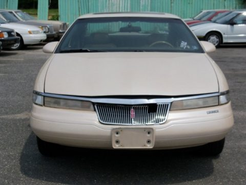 Ivory Pearl Metallic Tricoat 1995 Lincoln Mark VIII LSC