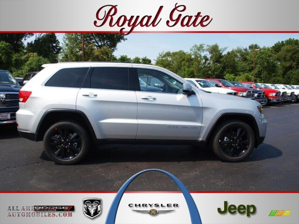 2012 jeep grand cherokee altitude 4x4 in bright silver for Royal chrysler motors inc