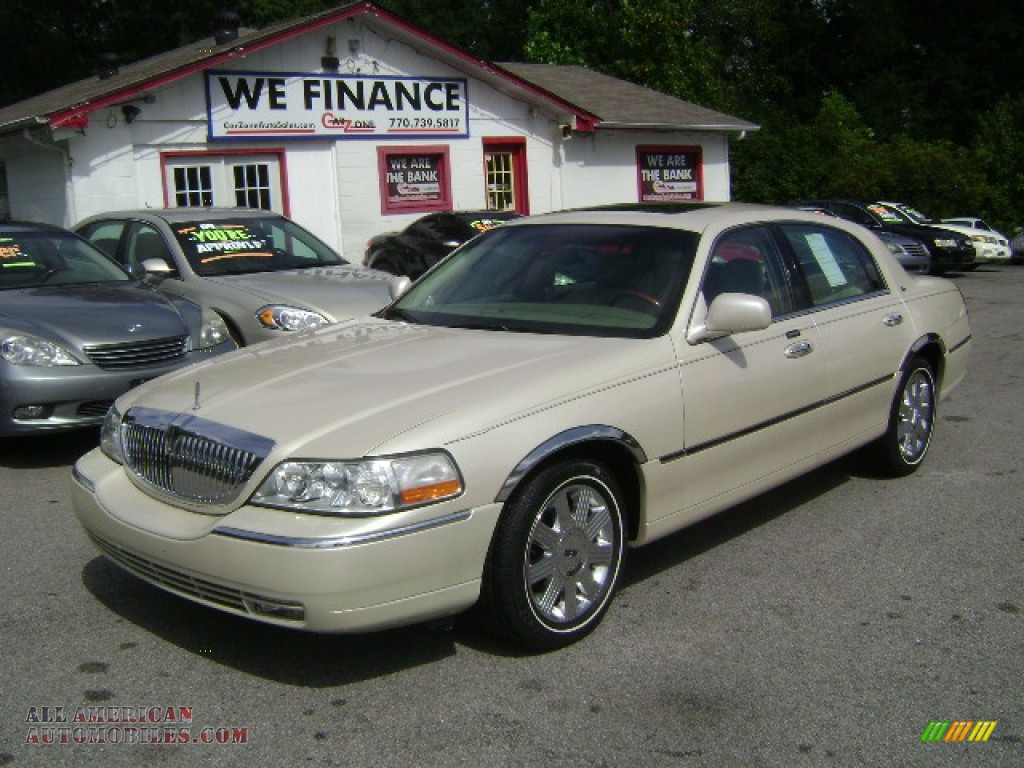 2003 lincoln town car cartier in ivory parchment tri coat 632964 all american automobiles. Black Bedroom Furniture Sets. Home Design Ideas