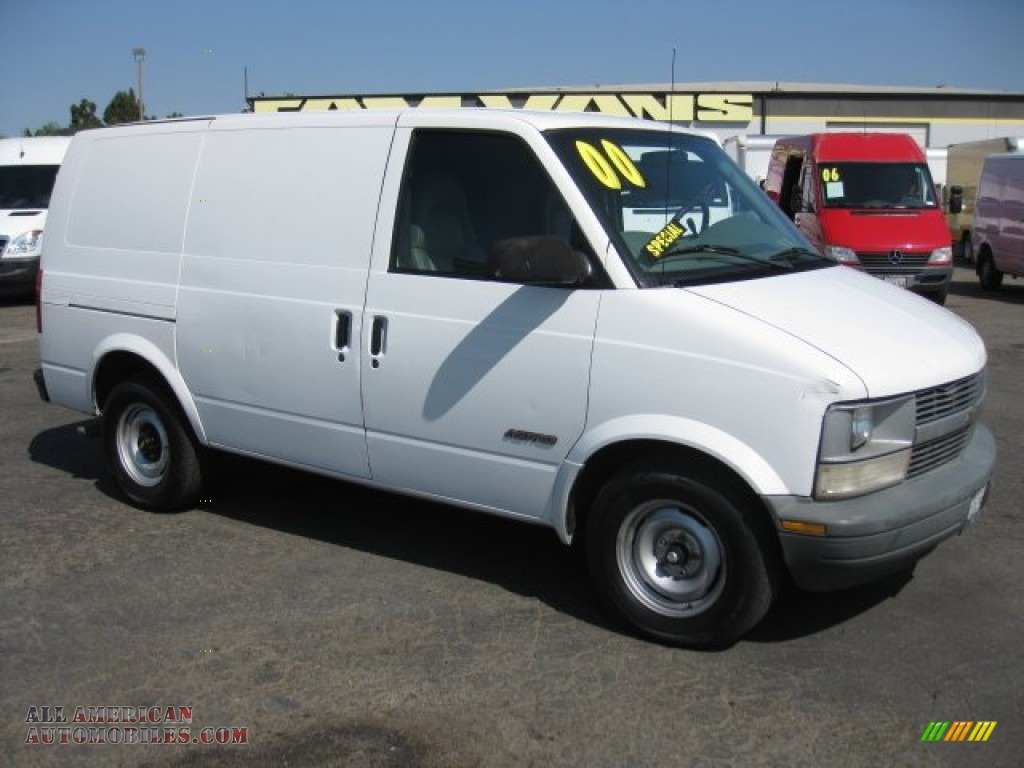 2000 chevrolet astro cargo van in ivory white 125012 all american automobiles buy american. Black Bedroom Furniture Sets. Home Design Ideas