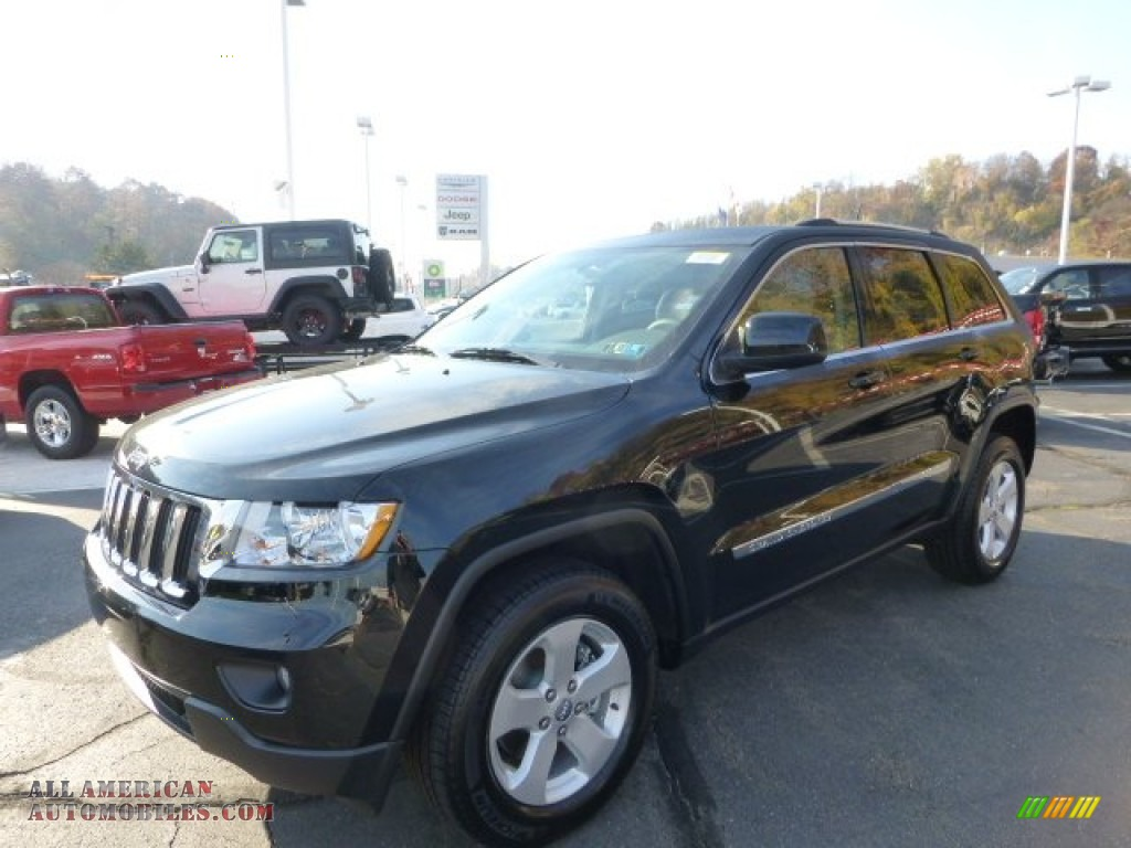 2013 jeep grand cherokee laredo x package 4x4 in black forest green pearl 592116 all. Black Bedroom Furniture Sets. Home Design Ideas