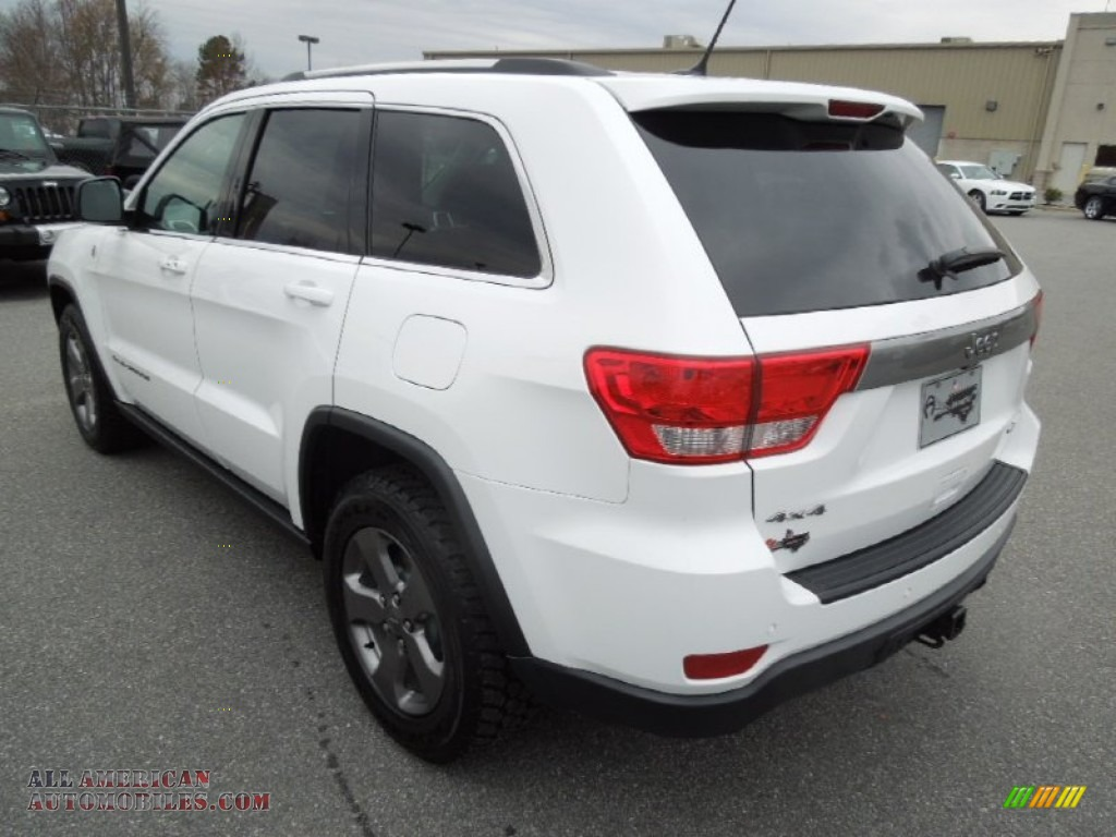 2013 jeep grand cherokee trailhawk 4x4 in bright white photo 5 590569 all american. Black Bedroom Furniture Sets. Home Design Ideas