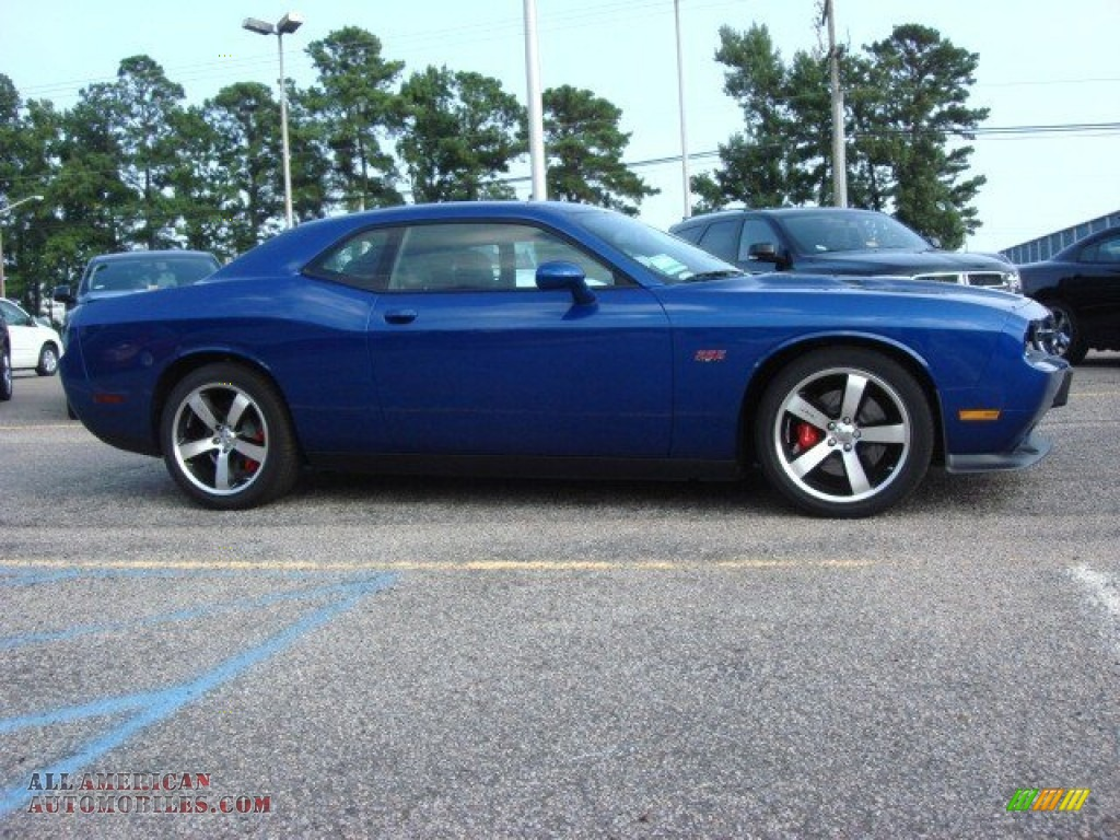 2012 dodge challenger srt8 392 in blue streak pearl photo 5 278608 all american automobiles. Black Bedroom Furniture Sets. Home Design Ideas