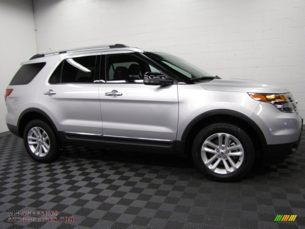 2012 Explorer XLT 4WD - Ingot Silver Metallic / Charcoal Black photo #3