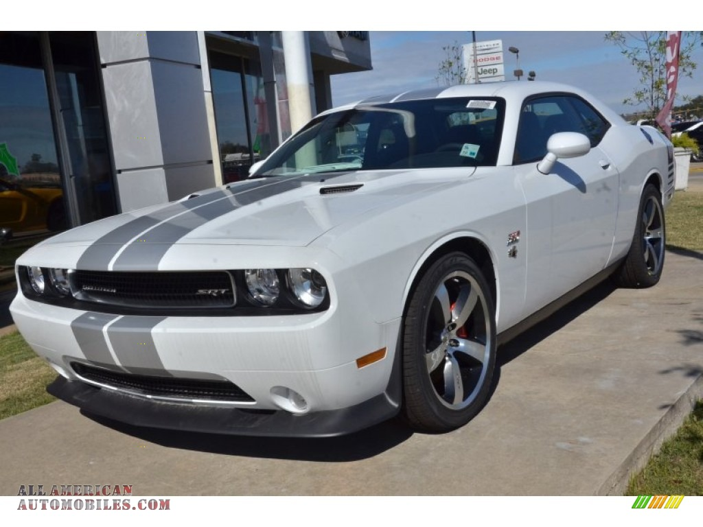 2013 dodge challenger srt8 392 in bright white 541601 all american automobiles buy. Black Bedroom Furniture Sets. Home Design Ideas