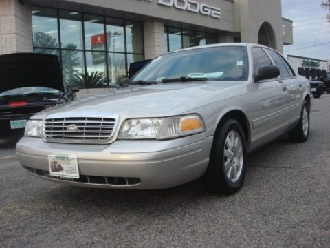 Silver Birch Metallic 2008 Ford Crown Victoria LX
