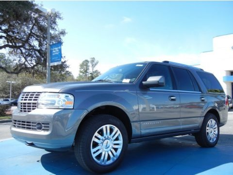 Sterling Grey Metallic 2013 Lincoln Navigator 4x2