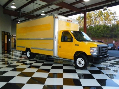 Yellow 2008 Ford E Series Cutaway E350 Commercial Moving Truck