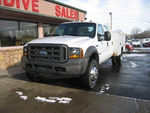 Oxford White 2005 Ford F550 Super Duty XL Crew Cab Chassis Utility