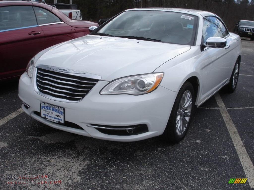 Home » 2015 Chrysler 200 Hardtop Convertible
