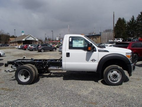 Oxford White 2013 Ford F550 Super Duty XL Regular Cab Chassis 4x4