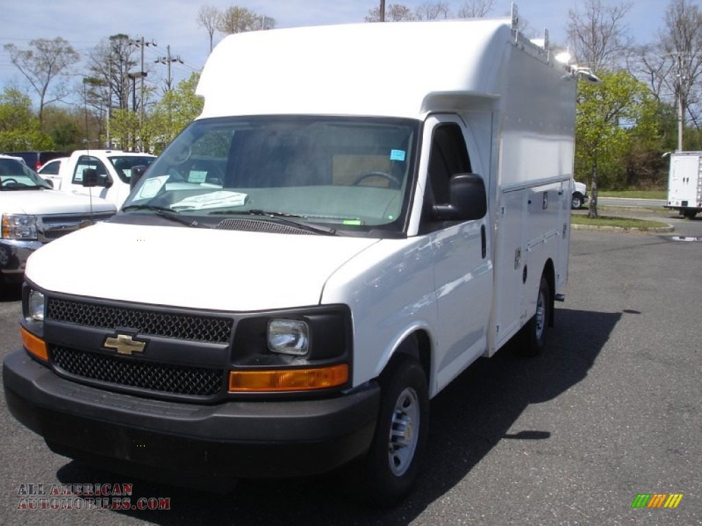 2013 chevrolet express cutaway 3500 utility van in summit white photo 22 161430 all. Black Bedroom Furniture Sets. Home Design Ideas