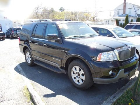 Black Clearcoat 2004 Lincoln Navigator Luxury 4x4