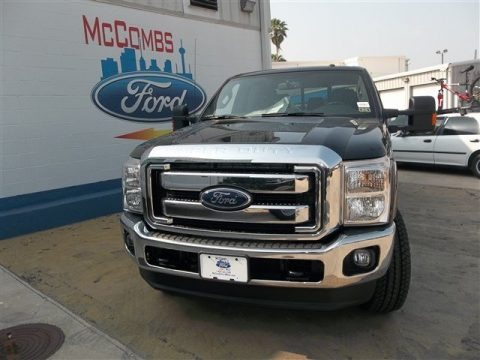 Tuxedo Black Metallic 2013 Ford F250 Super Duty Lariat Crew Cab 4x4