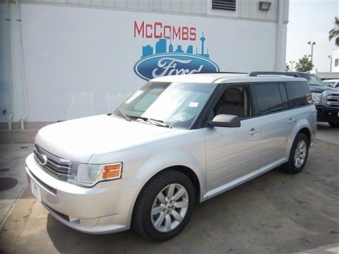 Brilliant Silver Metallic 2009 Ford Flex SE