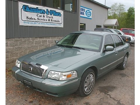Light Tundra Metallic 2006 Mercury Grand Marquis GS