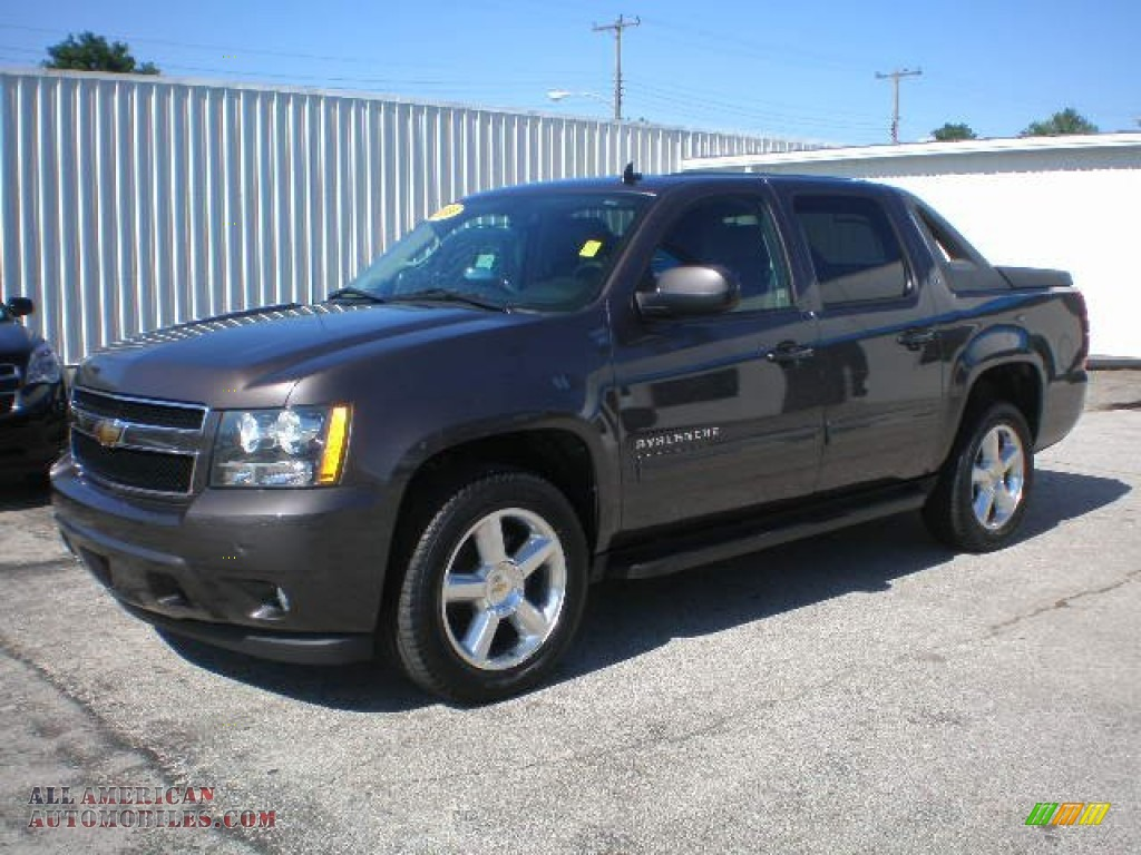 2010 chevrolet avalanche lt 4x4 in taupe gray metallic 102945 all american automobiles buy. Black Bedroom Furniture Sets. Home Design Ideas