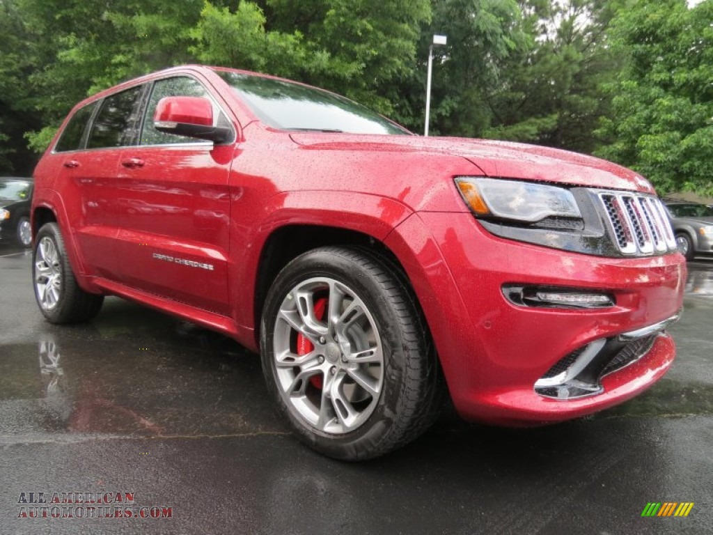 2014 jeep grand cherokee srt 4x4 in deep cherry red crystal pearl photo 4 219825 all. Black Bedroom Furniture Sets. Home Design Ideas