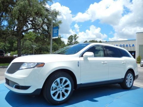 Crystal Champagne 2014 Lincoln MKT FWD
