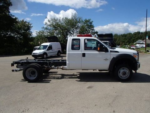 Oxford White 2014 Ford F550 Super Duty XL SuperCab 4x4 Chassis