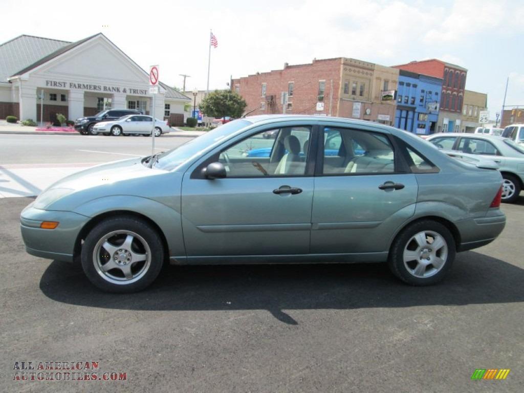 2003 Ford Focus ZTS Sedan in Light Tundra Metallic ...