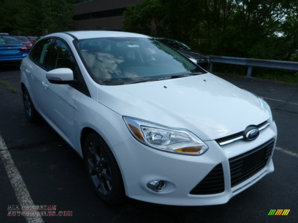 2014 ford focus se sedan in oxford white 128198 all american automobiles buy american cars. Black Bedroom Furniture Sets. Home Design Ideas