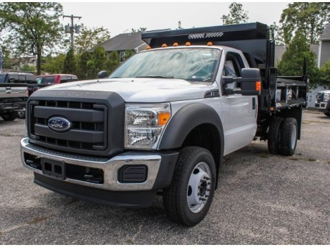 Oxford White 2013 Ford F550 Super Duty XL Regular Cab 4x4 Dump Truck