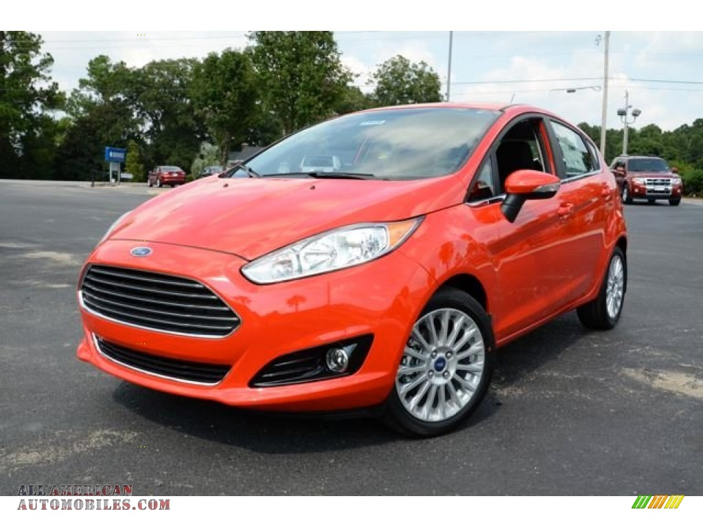 2014 ford fiesta titanium hatchback in race red photo 4. Black Bedroom Furniture Sets. Home Design Ideas