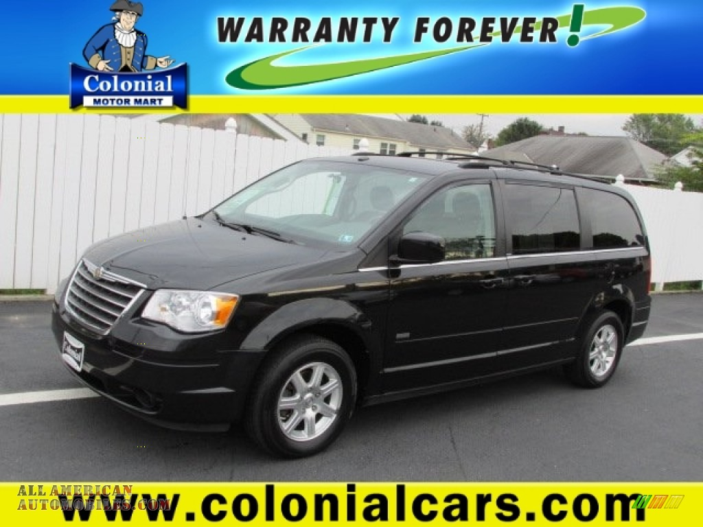 2008 chrysler town country touring in brilliant black for Colonial motors indiana pa