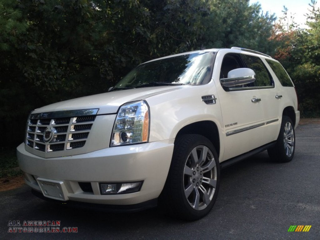 2010 cadillac escalade premium awd in white diamond. Black Bedroom Furniture Sets. Home Design Ideas