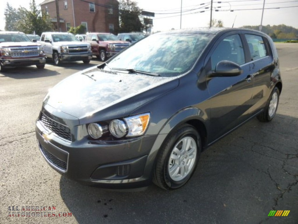 2014 chevrolet sonic lt hatchback in ashen gray metallic. Black Bedroom Furniture Sets. Home Design Ideas