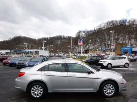 Bright Silver Metallic 2010 Chrysler Sebring Touring Sedan