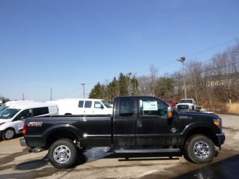 Tuxedo Black Metallic 2014 Ford F250 Super Duty XLT SuperCab 4x4