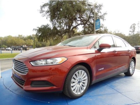Sunset 2014 Ford Fusion Hybrid S