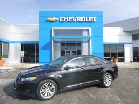 Tuxedo Black Metallic 2013 Ford Taurus Limited