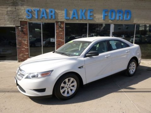White Suede Metallic 2010 Ford Taurus SE