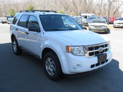 Oxford White 2009 Ford Escape XLT 4WD