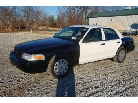 Black 2009 Ford Crown Victoria Police Interceptor