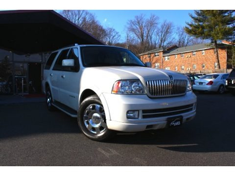 Oxford White 2006 Lincoln Navigator Luxury 4x4