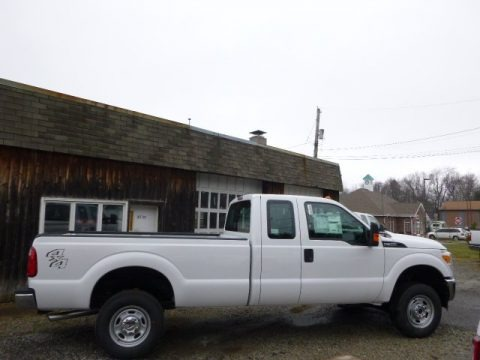 Oxford White 2015 Ford F350 Super Duty XL Super Cab 4x4