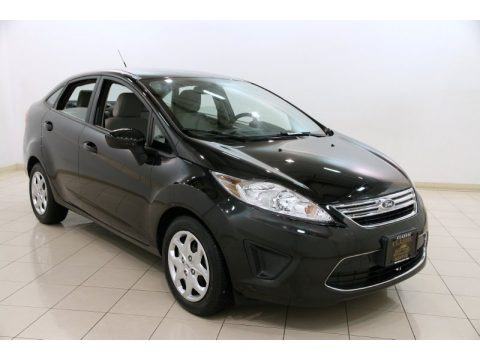 Tuxedo Black Metallic 2011 Ford Fiesta SE Sedan