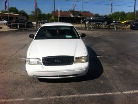 Vibrant White 2003 Ford Crown Victoria Police