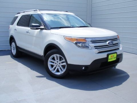 White Platinum Tri-Coat 2011 Ford Explorer XLT