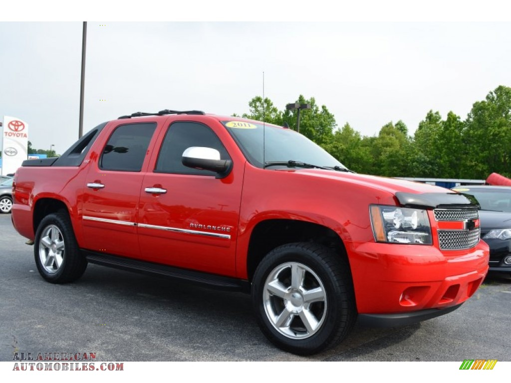 2011 chevrolet avalanche ltz 4x4 in victory red 257591 all american automobiles buy. Black Bedroom Furniture Sets. Home Design Ideas