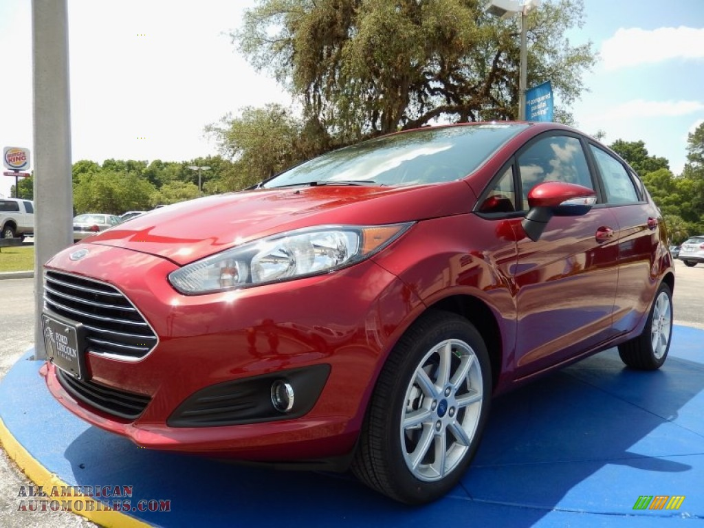 2014 ford fiesta se hatchback in ruby red 226121 all american automobiles buy american. Black Bedroom Furniture Sets. Home Design Ideas