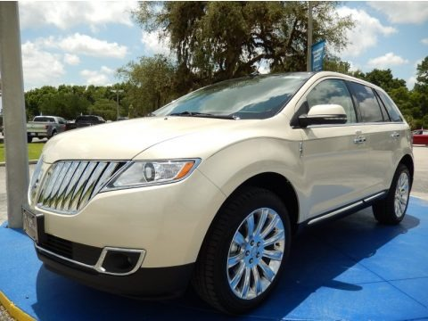 Platinum Dune Metallic Tri-Coat 2014 Lincoln MKX AWD