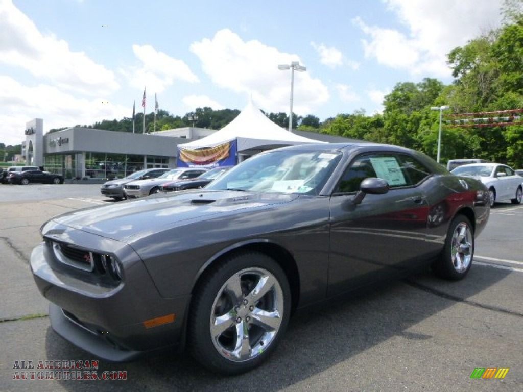 2014 dodge challenger r t in granite crystal metallic. Black Bedroom Furniture Sets. Home Design Ideas