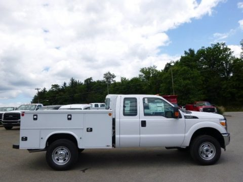 Oxford White 2015 Ford F350 Super Duty XL Super Cab 4x4 Utility