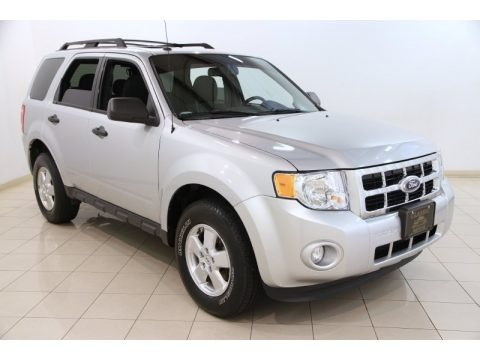 Ingot Silver Metallic 2012 Ford Escape XLT 4WD